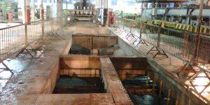 Abertura em laje de concreto em piso industrial