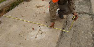 Corte em pilar de concreto com fio diamantado para instalação de neoprene