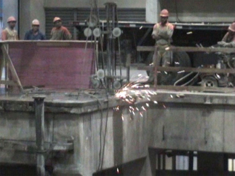 corte com fio diamantado em concreto - Fábrica de vidros Jacareí - São Paulo
