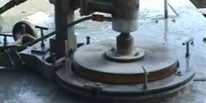furos em concreto na base do pilar - Rio de Janeiro
