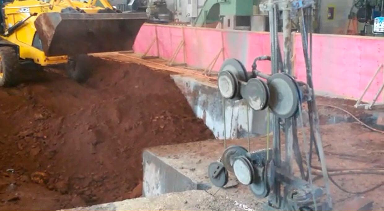 corte com fio diamantado em base de concreto industria siderurgica