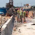 demolição controlada em balanço de ponte