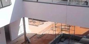 furo em laje para instalação de tubo de exaustão para lareira no condomínio - Itupeva - São Paulo