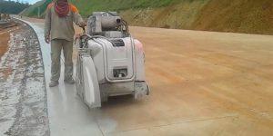 Corte em pavimento rígido com serra diamantada - Macaé - Minas Gerais
