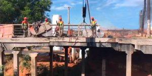 Desmonte de viaduto ferroviário em Mirassol - Sp