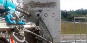 furos e cortes em concreto no pilar de passarela em Jundiaí - Sp